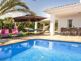 Villa Rufina en La Nucia,Alicante,para 8 huespedes