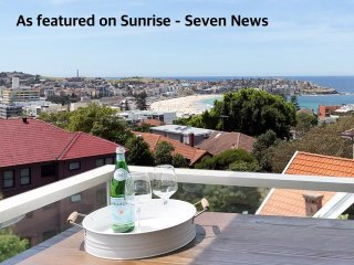 Bondi Beach Views, Easy walk to Beach, Parking