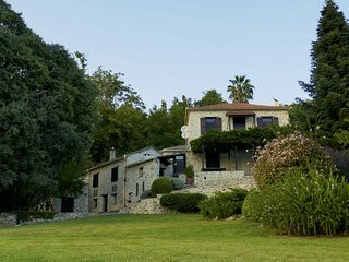 PELION HOMES | Villa Milies