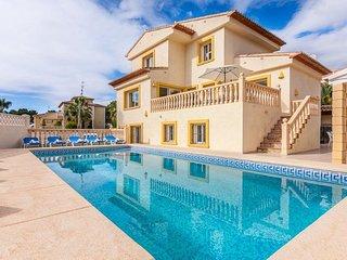 Villa Stefka en Calp,Alicante,para 16 huespedes