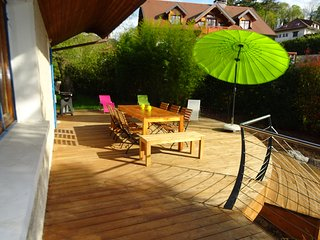 Large Chalet and garden 10p, 5min Lake Annecy