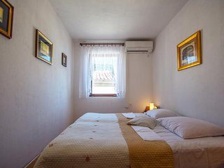 Two bedroom apartment Selce, Crikvenica (A-14306-c)