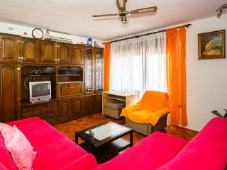 Two bedroom apartment Krk (A-14322-b)