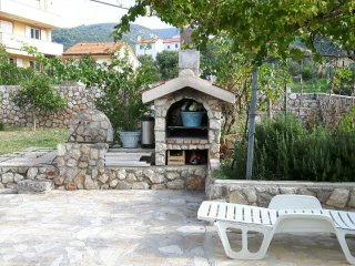 Martinscica Apartment Sleeps 3 with Air Con and WiFi - 5491545