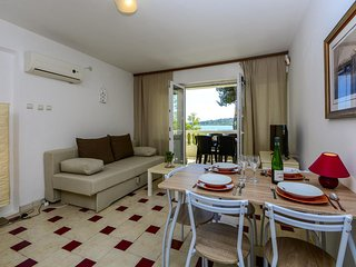 Two bedroom apartment Vodice (A-14372-a)