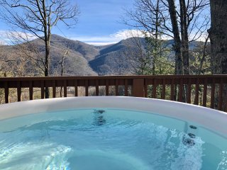 2/2 Cabin  Private + Views! Hot tub + FP. Perfect location above MVC Great price