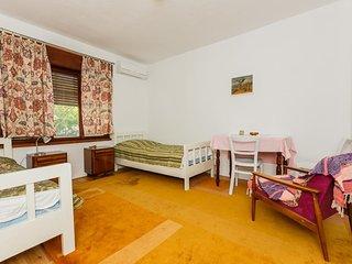 Studio flat Kastel Stari, Kastela (AS-14577-a)