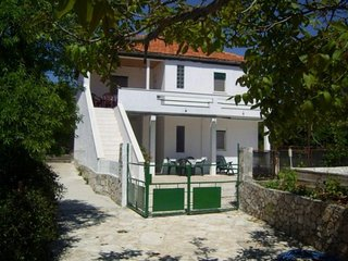 Four bedroom house Vinišće, Trogir (K-14704)
