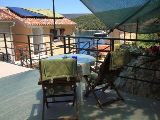 Valun Apartment Sleeps 2 with Air Con - 5467886