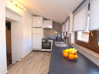 Apartment 15619
