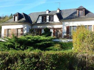 'Le Curieux ' (3) Chambre d'hote dans un centre culturel et de loisirs