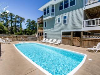 Jones Beach House | 1200 ft from the beach | Private Pool, Hot Tub
