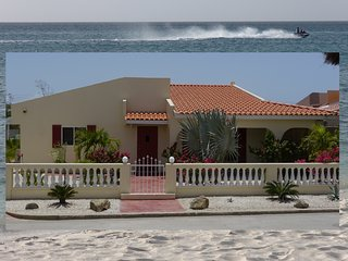 Noord Star Villa - Vacation Home For All Seasons