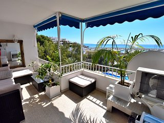 Apartment with beautiful sea view:)