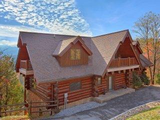 Feb-Mar $549/nt ~ 'Great Alpine' Huge Log Cabin, Fab Mtn View, 6 Bdrm,Sleeps 27