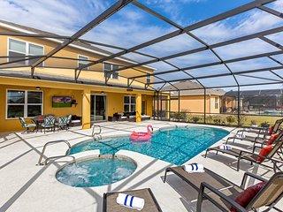Davenport Villa near Disney's with 5 Bed 4 and half bath, South Facing pool +++
