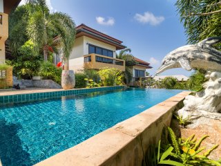 Seaview Villa 3 Bedroom with Pool A