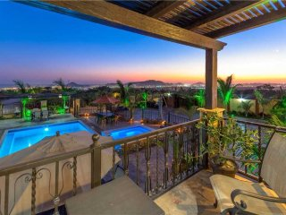 One-of-a-Kind Private Estate Minutes to Downtown Cabo - Villa Finca Tezal