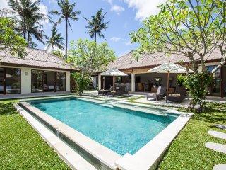 Villa Pascaline, North Canggu-Bali,  le calme, la sérénité, l'authenticité...