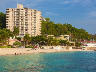 Montego Bay Club Apartments- 908