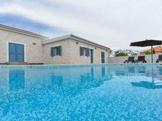 VILLA  OLEANDAR with Pool