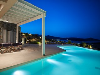 6 bedroom VIP Villa with pool and amazing views