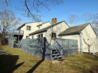 Spacious Oak Bluffs Five Bedroom Home Close to Town