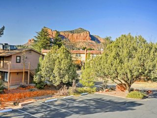 NEW-1BR Sedona Village of Oak Creek Condo w/ Views