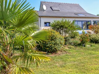 2 bedroom Villa in Kersimon, Brittany, France : ref 5046732