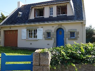 Beautiful home in Quiberon w/ Internet, WiFi and 4 Bedrooms