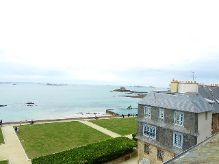 1 bedroom Apartment in Intra Muros, Brittany, France : ref 5037411