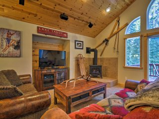 Custom Tahoe Cabin 5 Minutes From Homewood Resort!