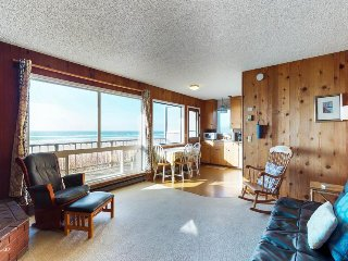 Comfortable, oceanfront home w/ private hot tub - walk to beach & dogs OK!