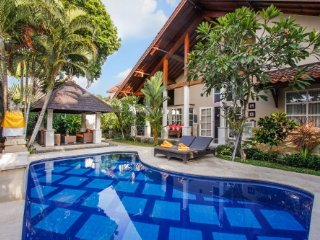 Villa Kawan Sanur - 3 Bedroom Villa with Swimming Pool