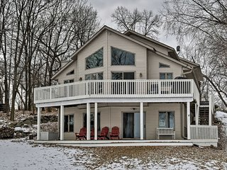 NEW! 5BR South Haven Lake House w/Deck & Boat Dock