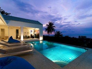 Brand New Fantastic 180 Sea View 5 bedroom villa