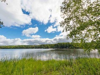 Tranquility on Lake Ann