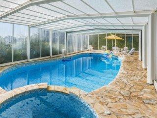 Charming ground floor villa near Nice - W266