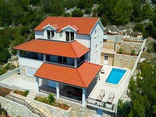 Villa TEA