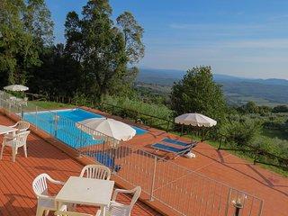 Monteverdi  and stunning views apartment 3