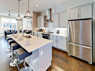 Brand-New 3BR in 12 South w/ Rooftop Deck & High-End Touches, Near Downtown