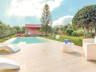4 bedroom Villa in Villagrazia, Sicily, Italy : ref 5548752