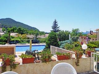 2 bedroom Apartment in La Madrague, Provence-Alpes-Cote d'Azur, France : ref 551