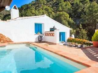 4 bedroom Villa in Acebuchal, Andalusia, Spain : ref 5575406