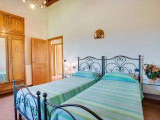 5 bedroom Villa in Poggio Cuccule, Tuscany, Italy : ref 5513294