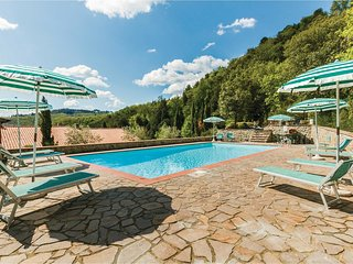 2 bedroom Apartment in Starda, Tuscany, Italy : ref 5523497