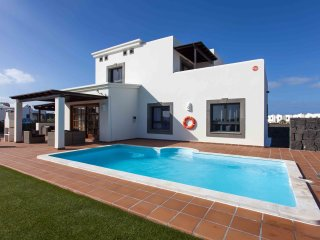 Hipoclub Villas, 12 Zafiro, Magnificent Villa With lovely Views