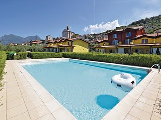 3 bedroom Villa in Siviano, Lombardy, Italy : ref 5534397