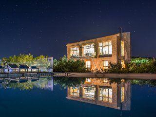 5 bedroom Villa in Loutráki, Crete, Greece : ref 5575421
