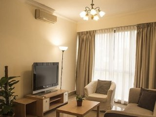 Classic 2-bed in Bouna Vista, Singapore